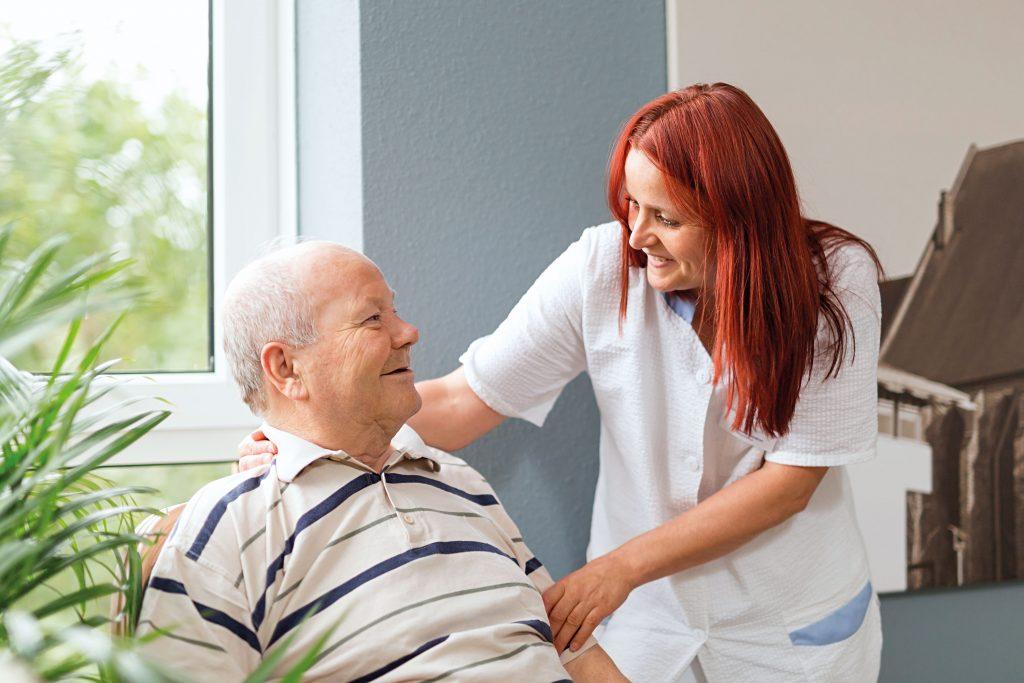 proud to care: die Pflegeausbildung