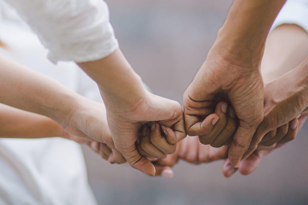 Proud to care: Zusammen in der Pflege durchstarten!